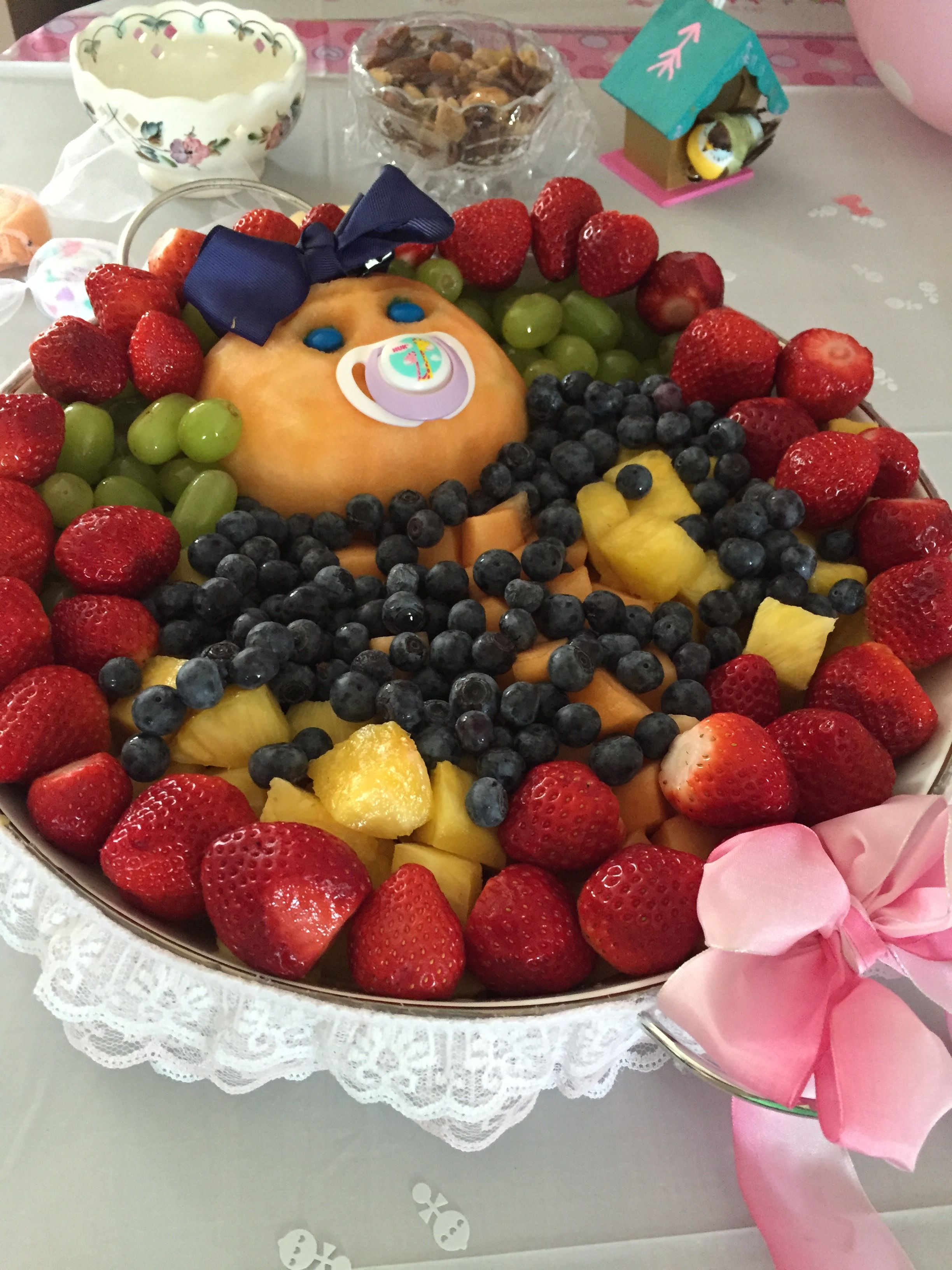 Bassinet baby girl fruit basket