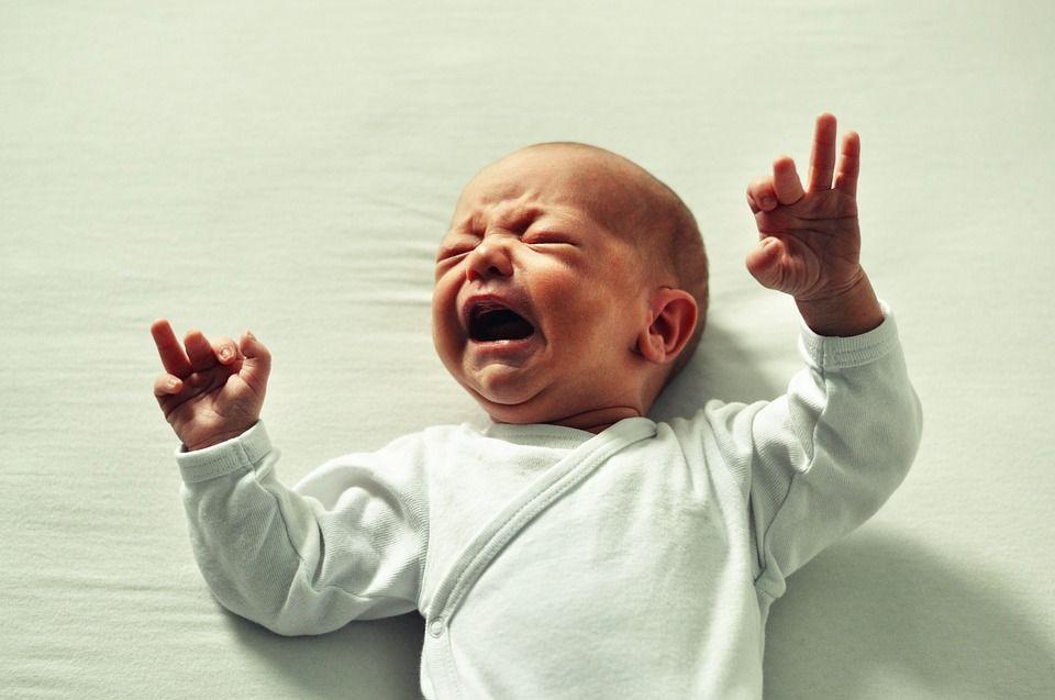 Why Your Baby Is Cluster Feeding  Breastfeeding A Fussy -1390