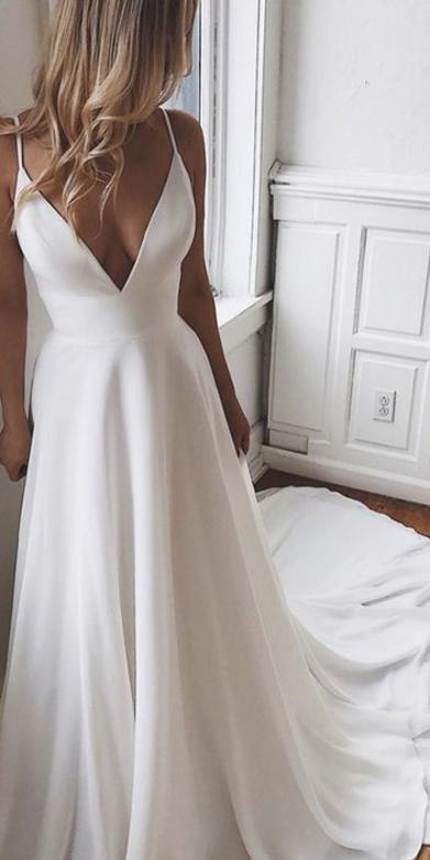 26 V Neck Marriage Ceremony Dress Ideas