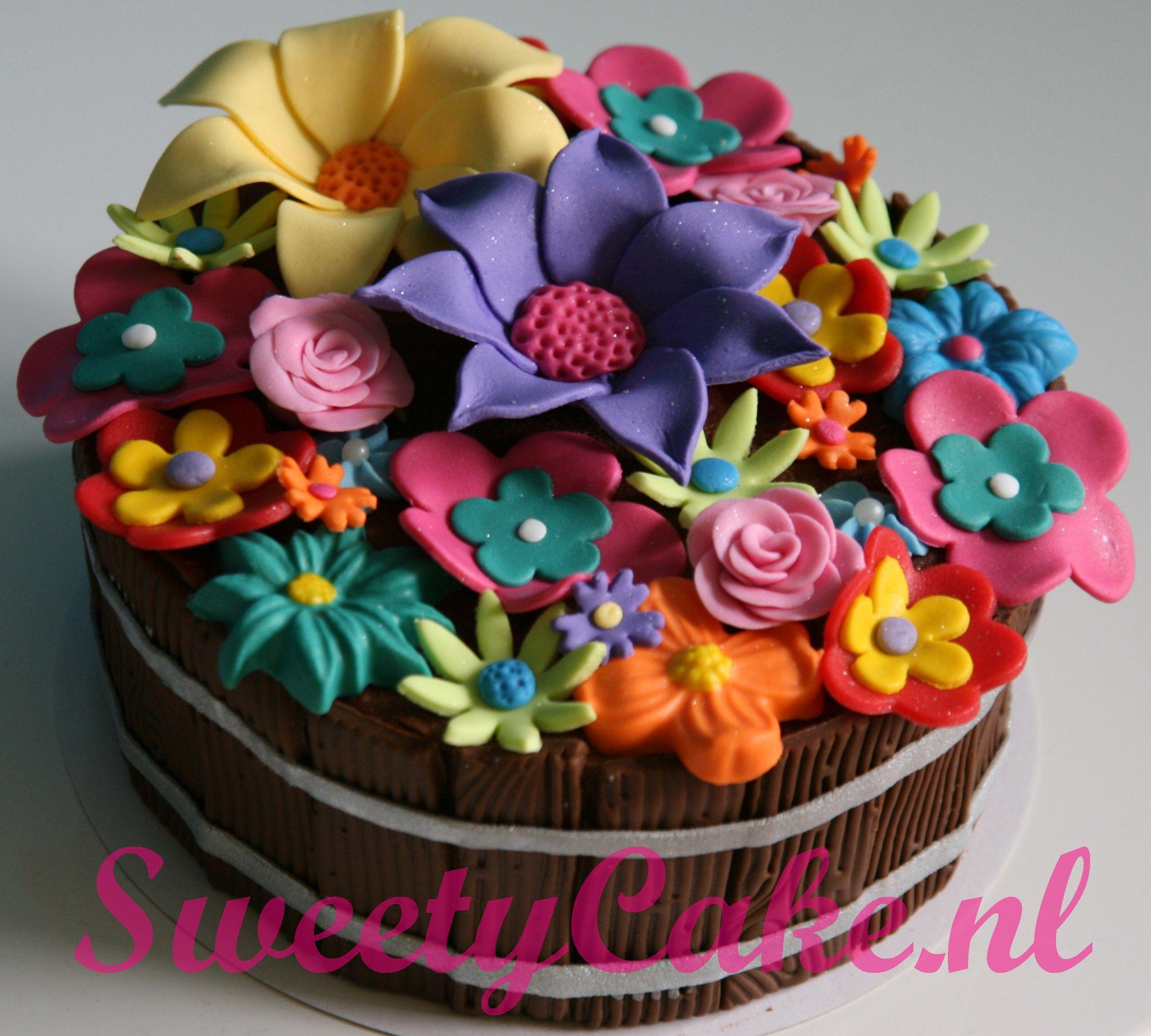 bloemen taart (Pagina 1) - Taarten Parade