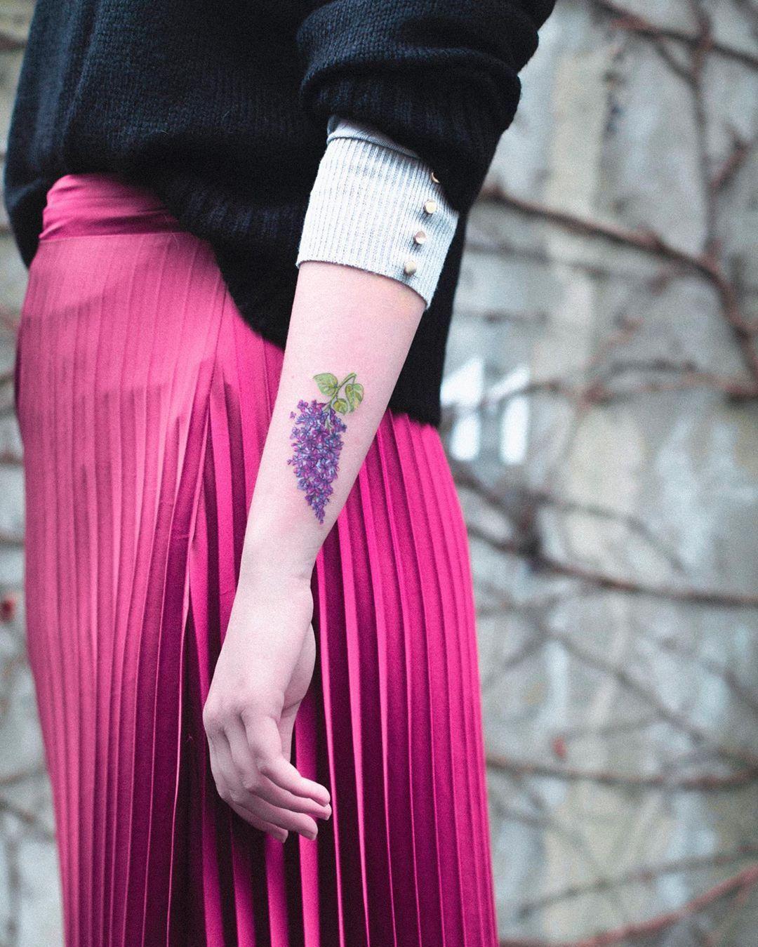 ✨ @_homearmy_ ✨ 📸 @matkoboska  #łódź#łdz#eudezet#offpiotrkowska#tattoo#illustrationblackworkers#blackwork#tattrx#darkartists#polishgirl#inkstinctsubmission#inkedmag#taot#tatts#tattooed#tattoodo#blackwork#equilattera#blacktattoomag#blacktartoo#tattoo#blacktattooart#blackworkerssubmission#wowtattoo#onlyblackart#blxckink#xtatts#theartoftattoos#onlyblackart#btattooing#polandtattoos#balmtattoopolska