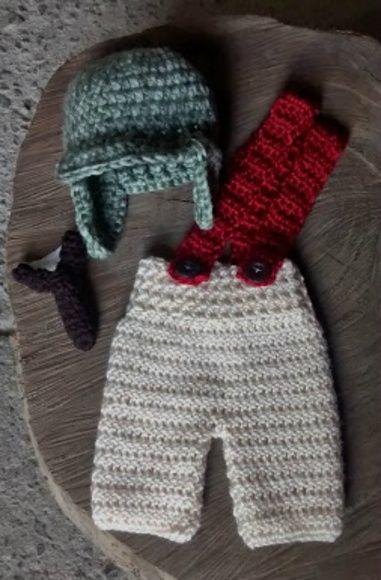 Conjunto confeccionado em crochê. cor - bege e verde mescla tamanhos - RN 1255e797e28