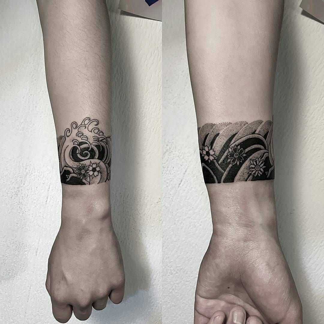 Japanese Wave Cuff By Oozy Tattoo Tattoos