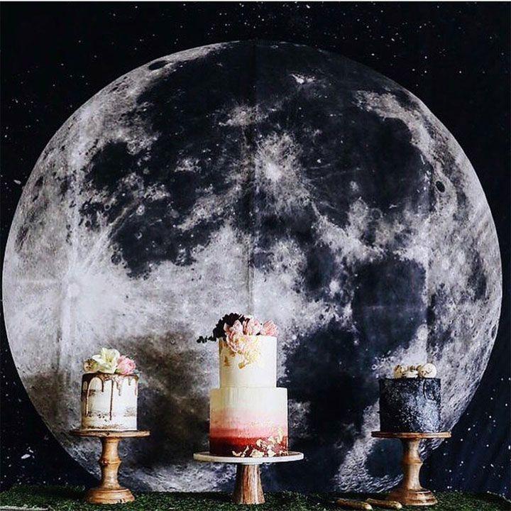 Beautiful wedding cake inspiration - wedding cake ideas #nakedweddingcake #twotiers #weddingcake