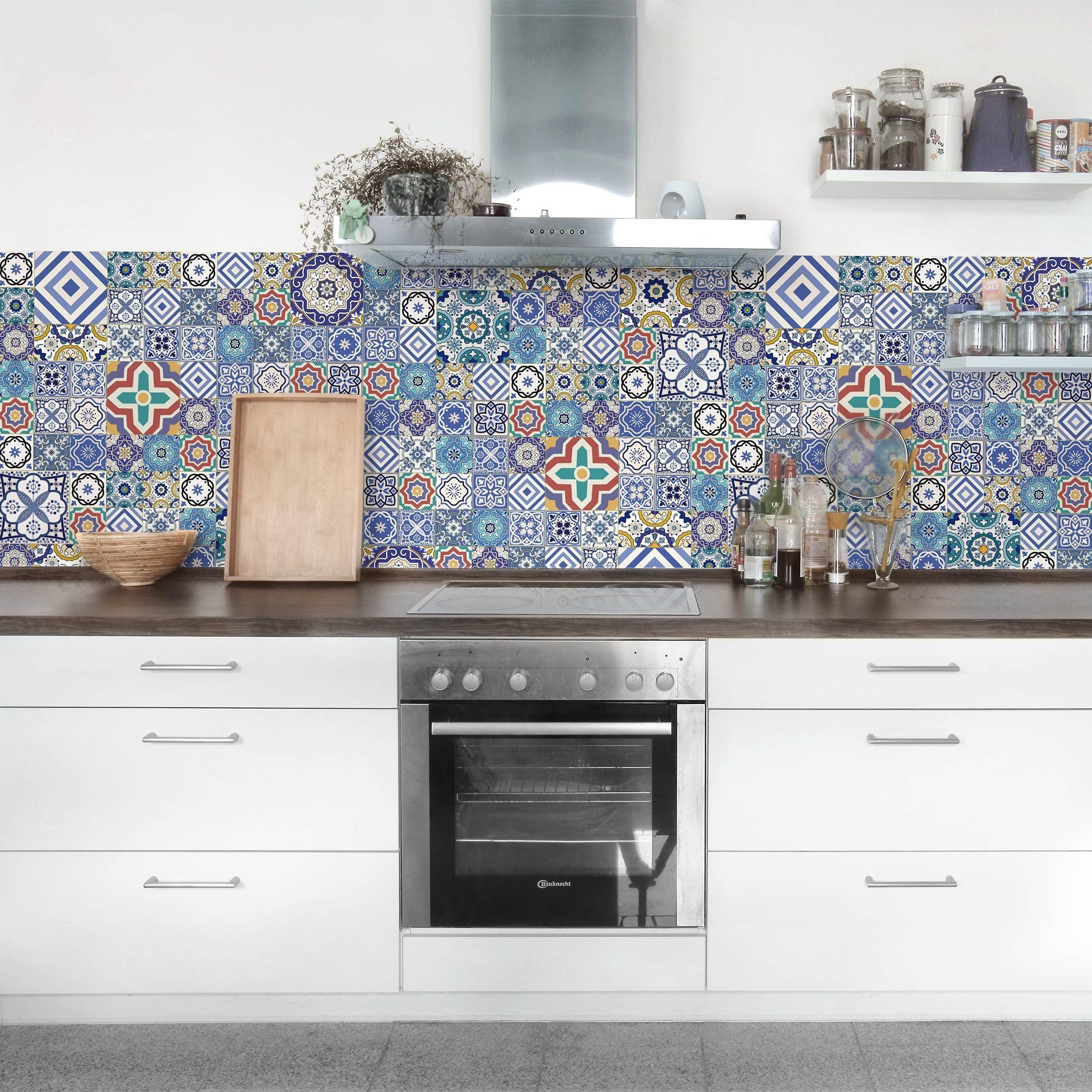 Deine Küche braucht einen neuen Look? Dann sind Klebefolie eine