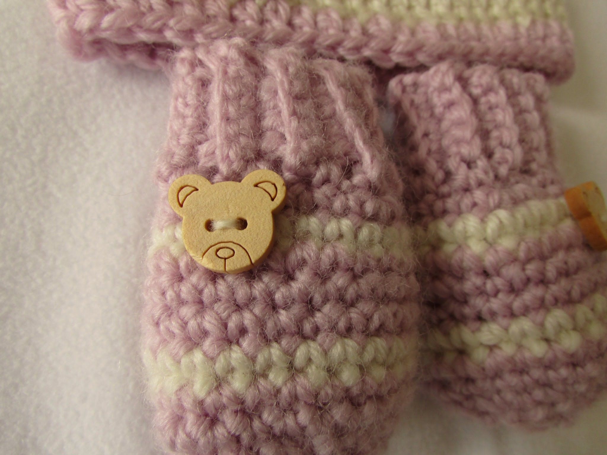 VERY EASY crochet baby mittens tutorial - striped baby gloves ...