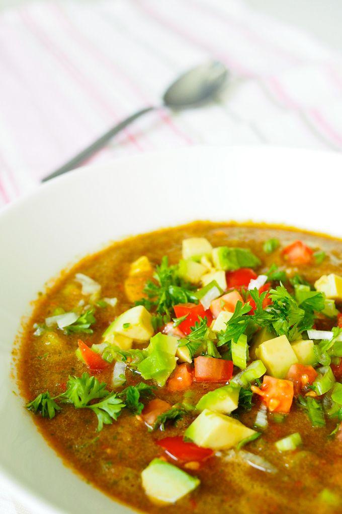 Ravintoa iholle sisältäpäin ihanalla keitolla a la Karita Tykkä Superlemon-blogista!