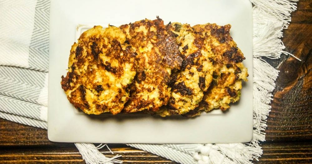 Cheese, cauliflower, fritter. Say no more. These crispy, crunchy cauliflower cakes are perfect as a vegetarian entree, veggie burger, or as a side dish. They are also great for low carb dieters with...