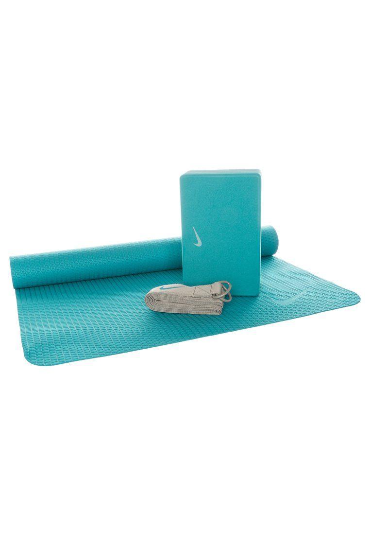 mental Flor de la ciudad jefe  Nike Performance ESSENTIAL YOGA KIT - Equipement de fitness et yoga -  shaded blue/medium grey - ZALANDO.FR   Yoga mat, Yoga, Workout