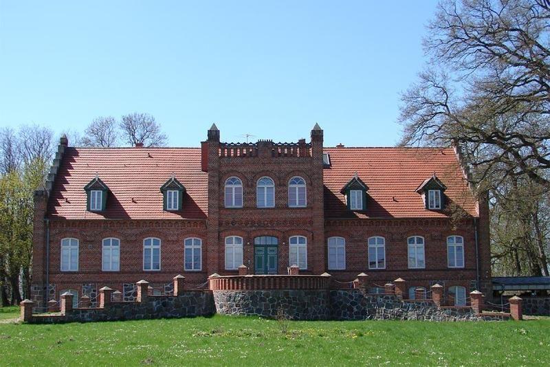 Guts- & Herrenhäuser / Gutshäuser - C / Cosa