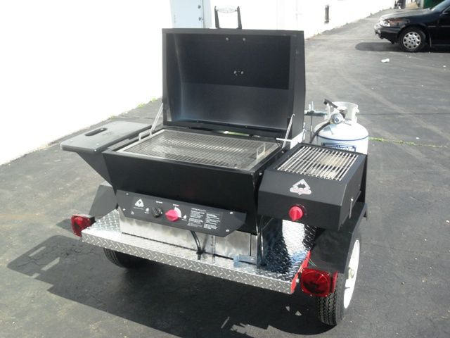 Towable Tailgating Trailer Grill\/BBQ Perfect for Tailgate Parties - mobile mini outdoor kuche grill party
