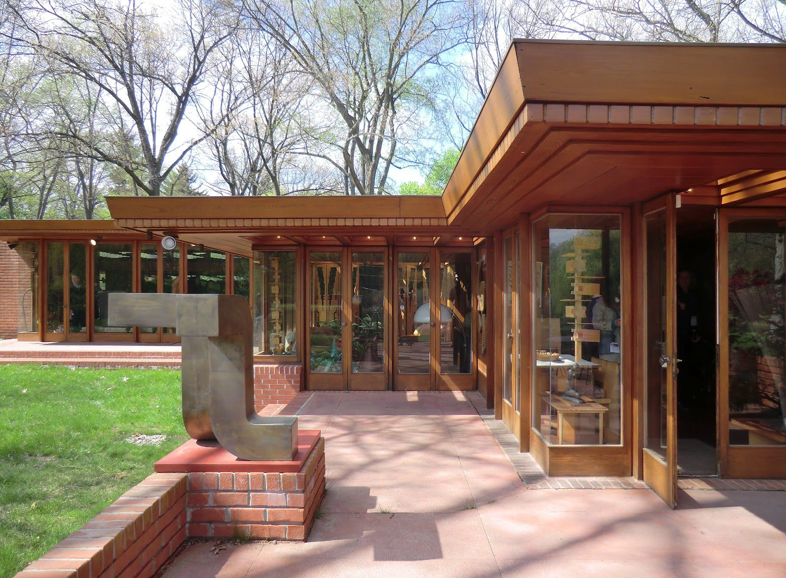Melvyn maxwell smith house frank lloyd wright usonian - House of bedrooms bloomfield hills mi ...