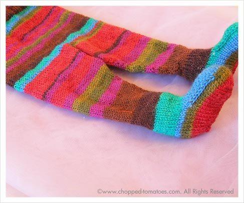 Ravelry free pattern: 'Keep Baby Warm' Leggings 3 by