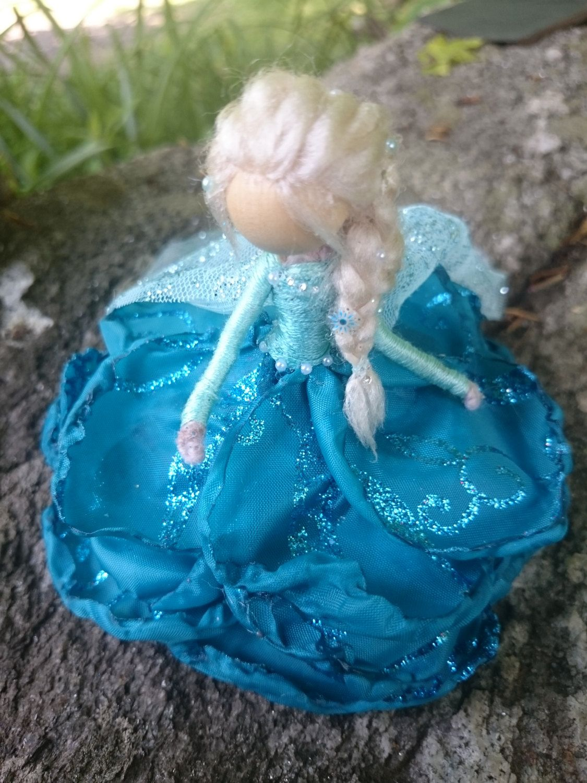 Glimmer Edition – Muñecas Bendy – Anna Designer Waldorf Flower Dolls – Elsa Winter Snowflake Doll Set