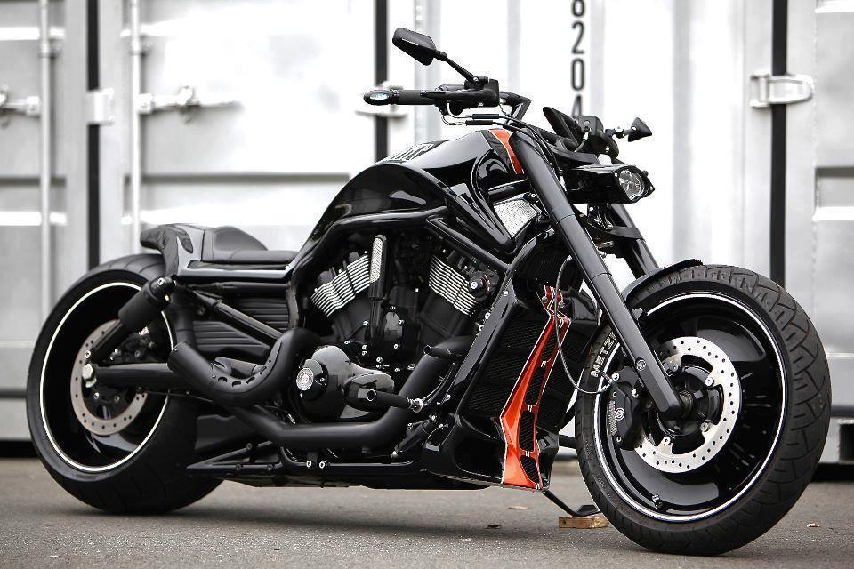 V Road By Bad Land Harley Davidson Voiture De Prestige Voiture