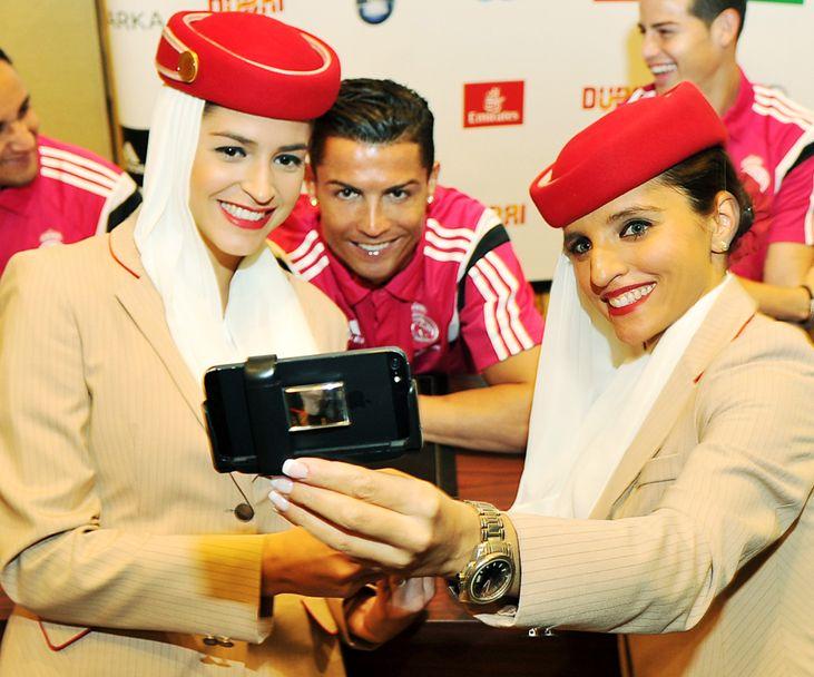 Cristiano w Emirates flight attendants Sports Pinterest - air jamaica flight attendant sample resume