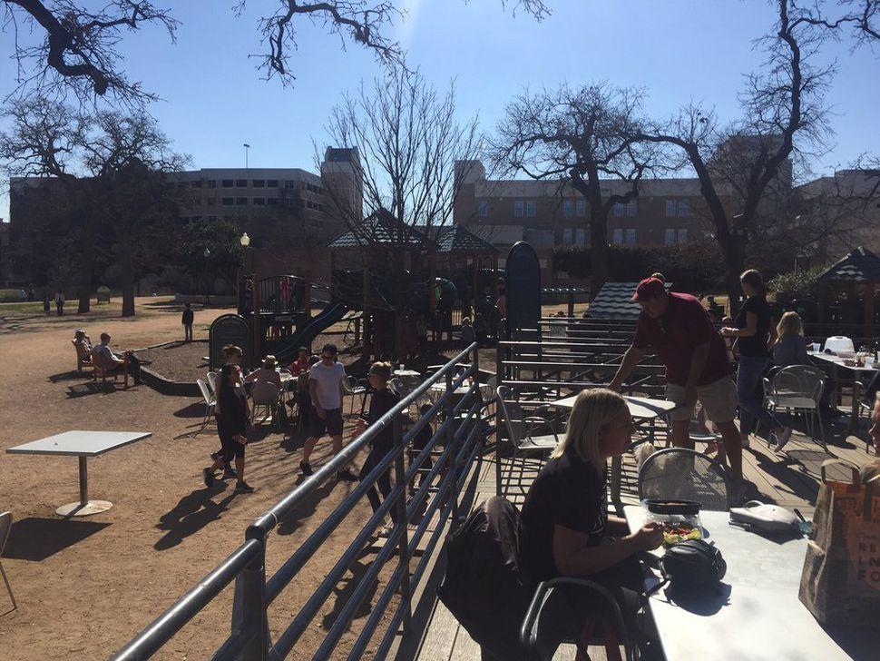 27 Kid Friendly Austin Restaurants That Aren T Boring