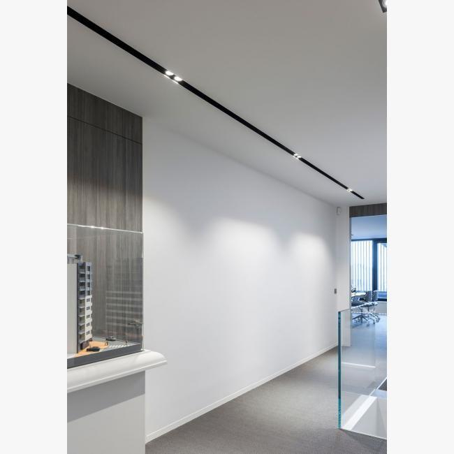 Garage Door Recessed Lights: Deltalight SPLITLINE 52 Profile
