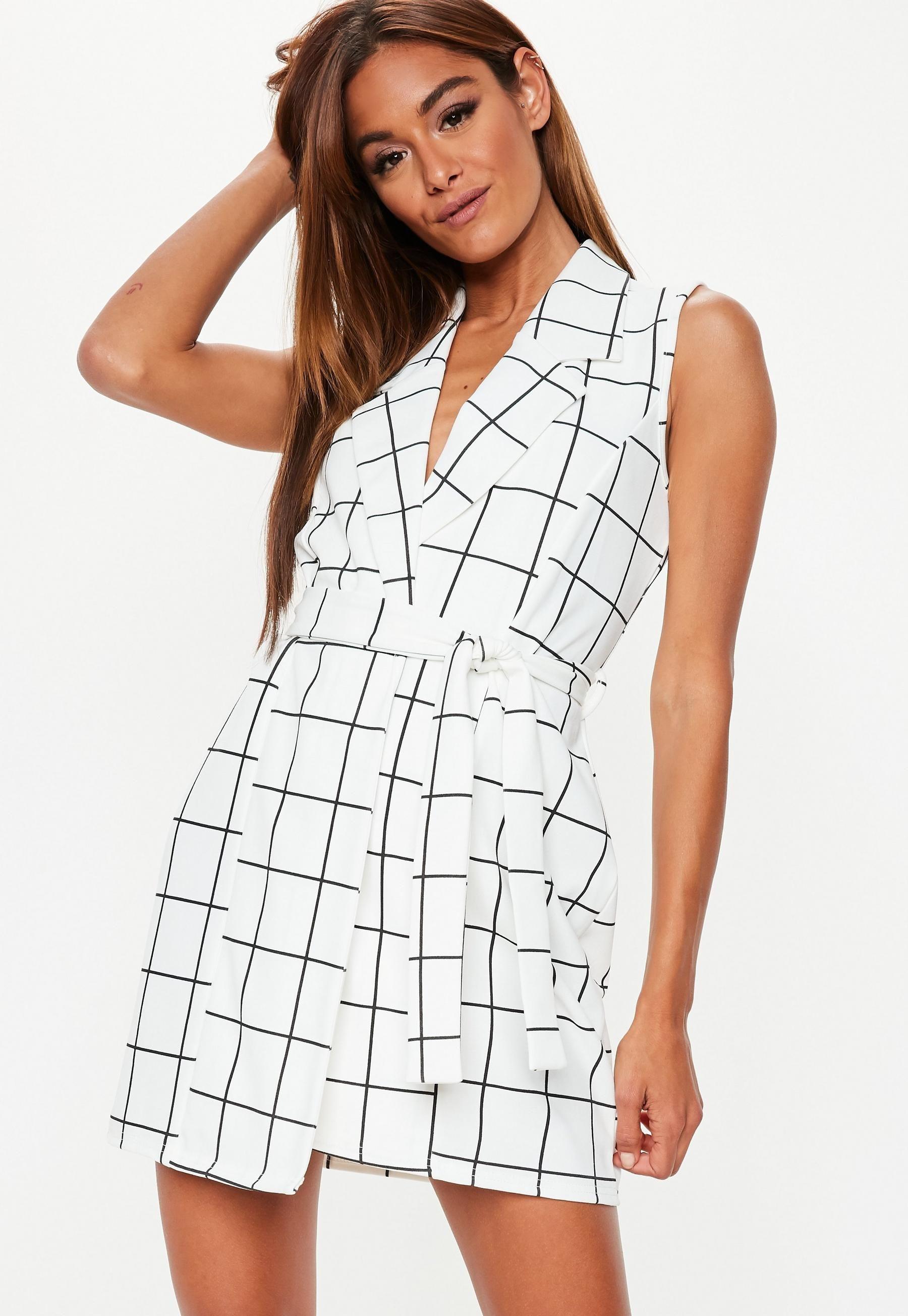 Biala Sukienka Marynarka Bez Rekawow Missguided Pleated Skater Dress Slinky Mini Dress Basic Maxi Dress