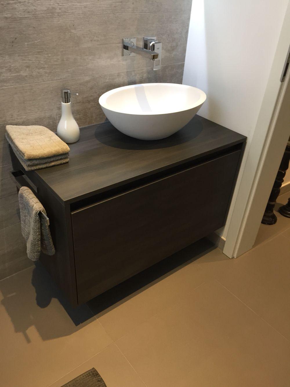 Gäste Wc Waschtsich mit Aufsatz Waschbecken! Von .one bath auf Maß gefertigt