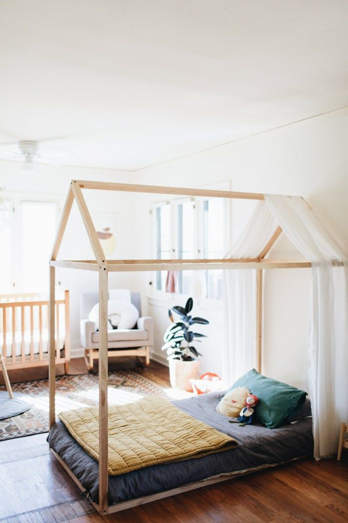 10+ Toddler Floor Beds - Montessori Rooms #toddlerrooms