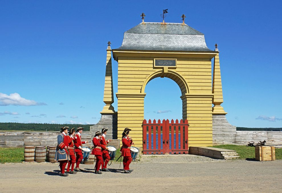 Frederic Gate at Fortress Louisburg in Nova Scotia. (With images ...