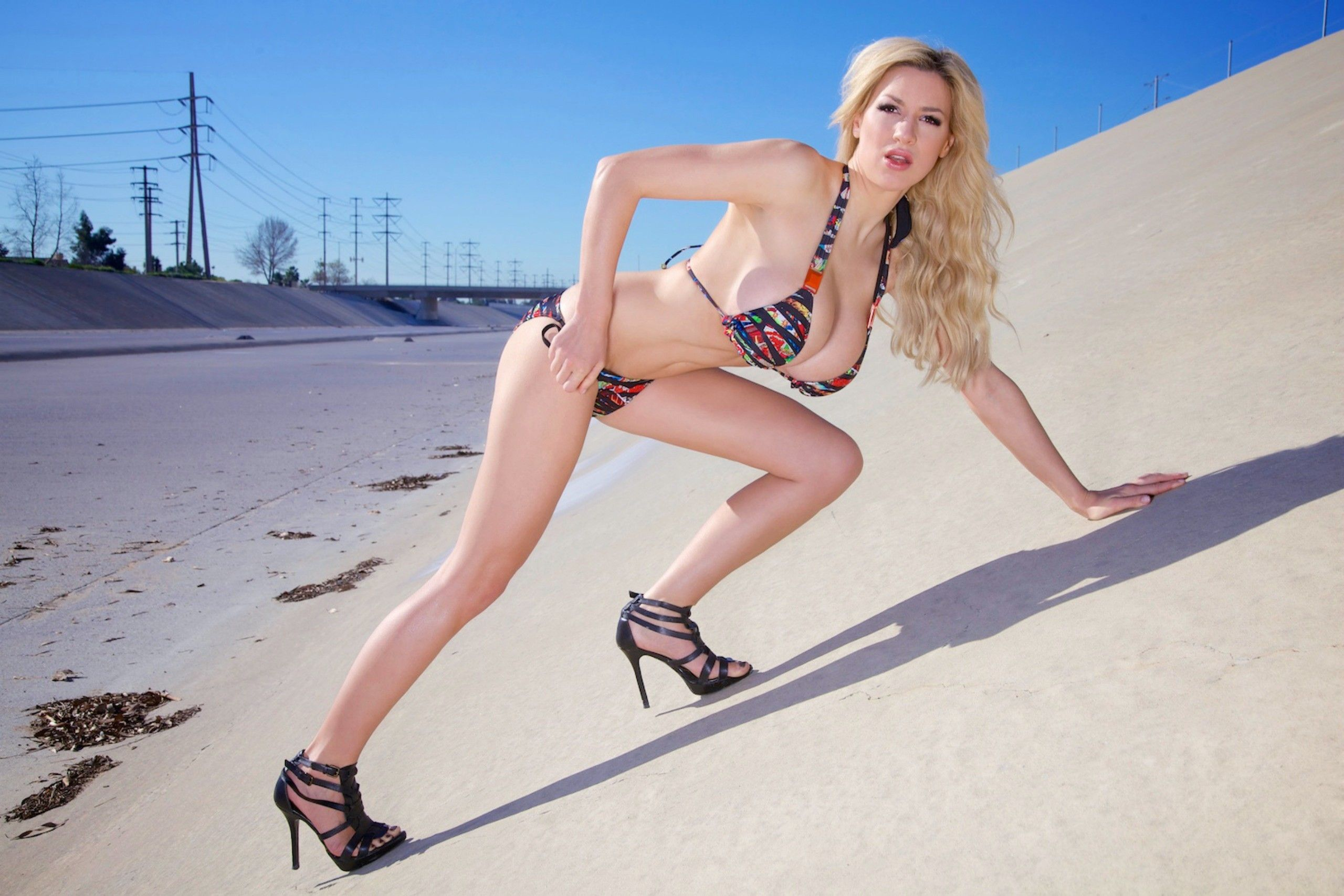 Jordan Wallpaper Iphone X Girl In Bikini Hd Wallpapers High Definition Quality Hd