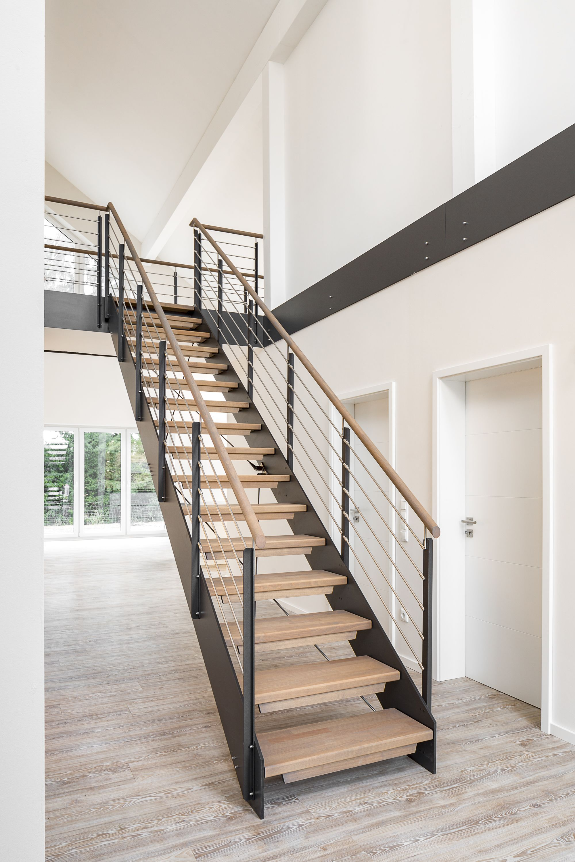 hpl treppe kaufen treppenhersteller treppenbau vo treppenbau vo haus ideen pinterest. Black Bedroom Furniture Sets. Home Design Ideas