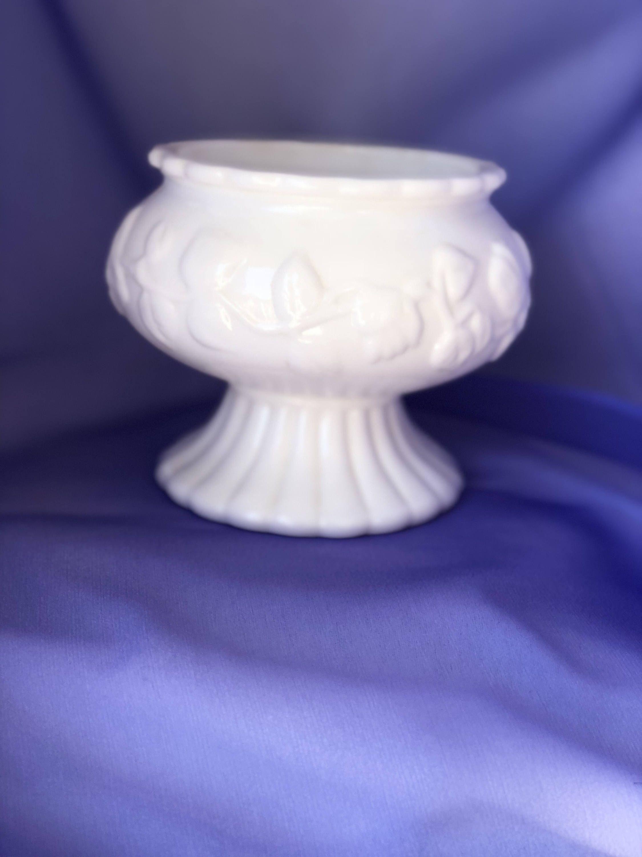 Milk glass vase white milk glass vintage milk glass white milk glass vase white milk glass vintage milk glass white vase wedding floridaeventfo Choice Image