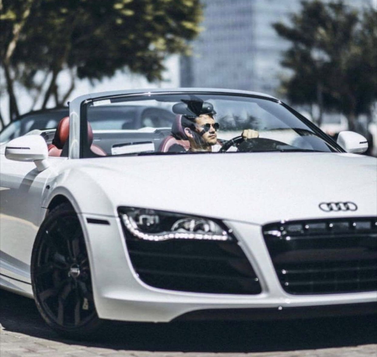Pin by Clay D. De Oliveira on AUTOS (With images) Audi