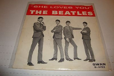 BEATLES- SWAN 45 RPM PICTURE SLEEVE - SHE LOVES YOU / I'LL GET YOU - LISTEN