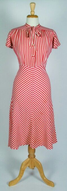 Peppermint stripes! 1930s www.vintageclothin.com
