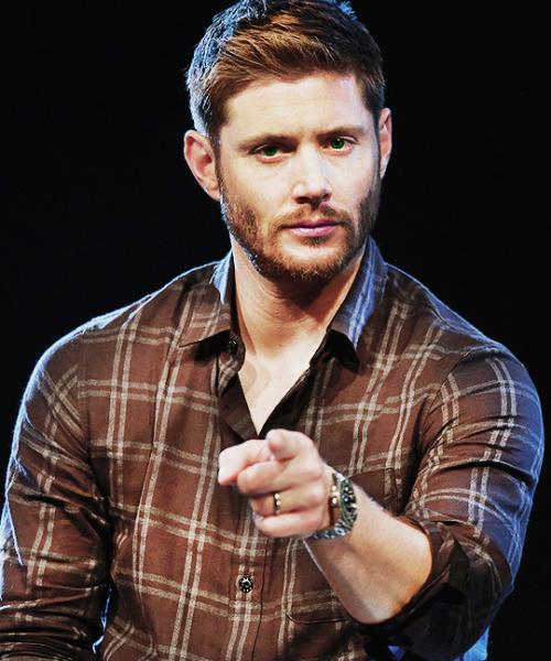 22852070 846123245548625 25461351606348101 N Png 500 600 Jensen Ackles Serie Sobrenatural Dean Winchester