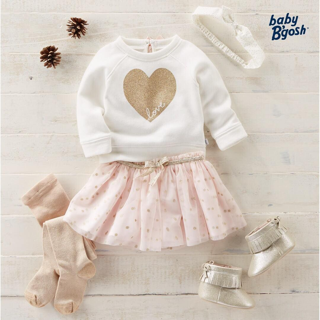 This super soft #ootd is for the girl with a heart of gold. With all this sparkle, she can't help but love it all! ✨✨ Shop this look via link in bio. #oshkoshkids #sparkle #girlsfashion #holiday