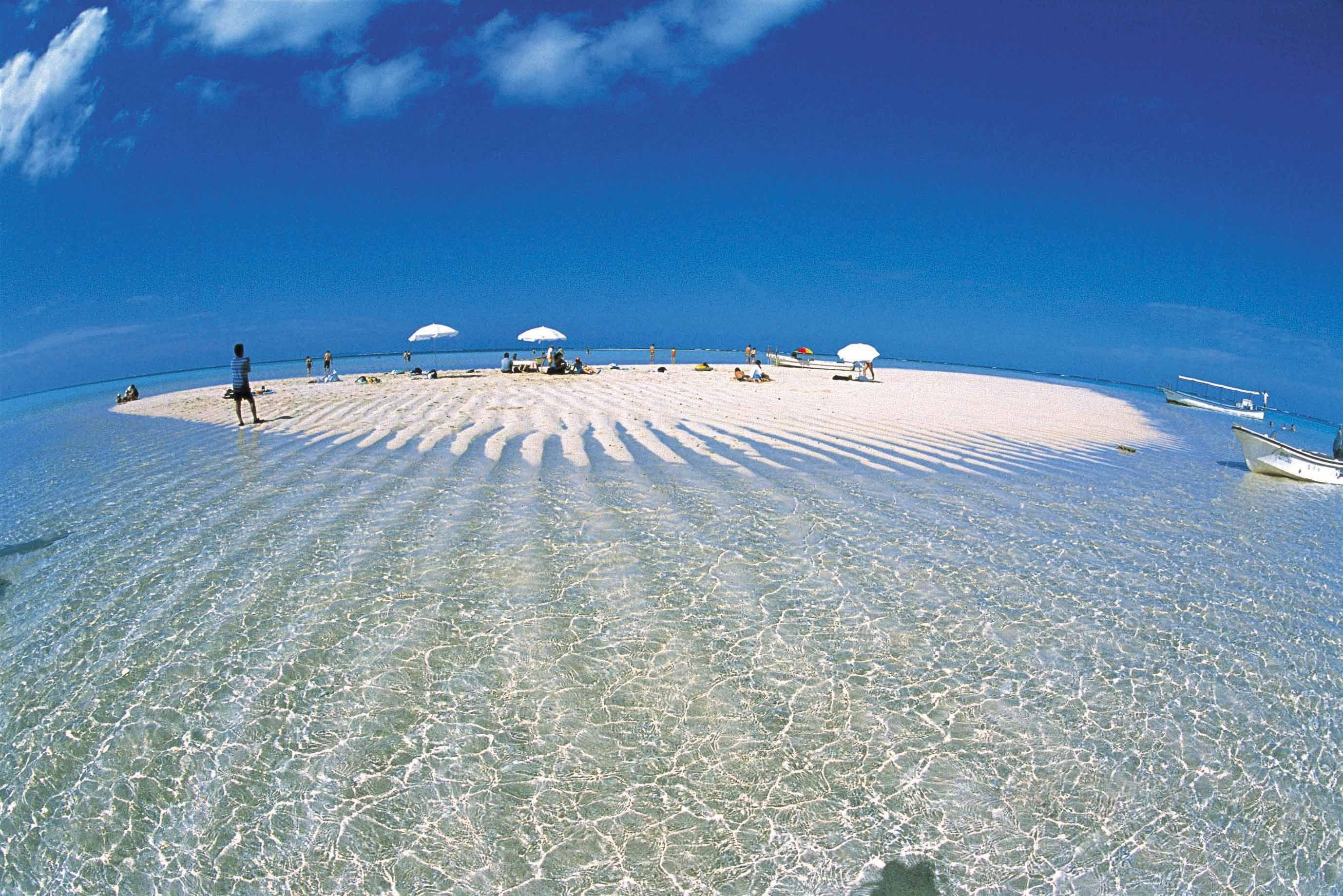 鹿児島_与論島_百合ヶ浜   Yurigahama beach on Yoronjima island,Kagoshima