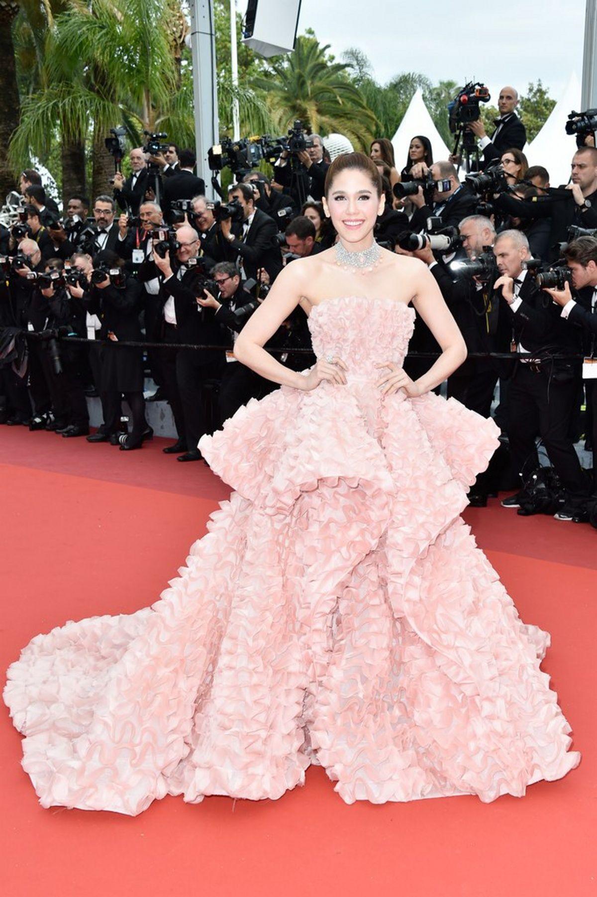 Outfity, ktoré žiarili na festivale v Cannes | Vestido de gala ...