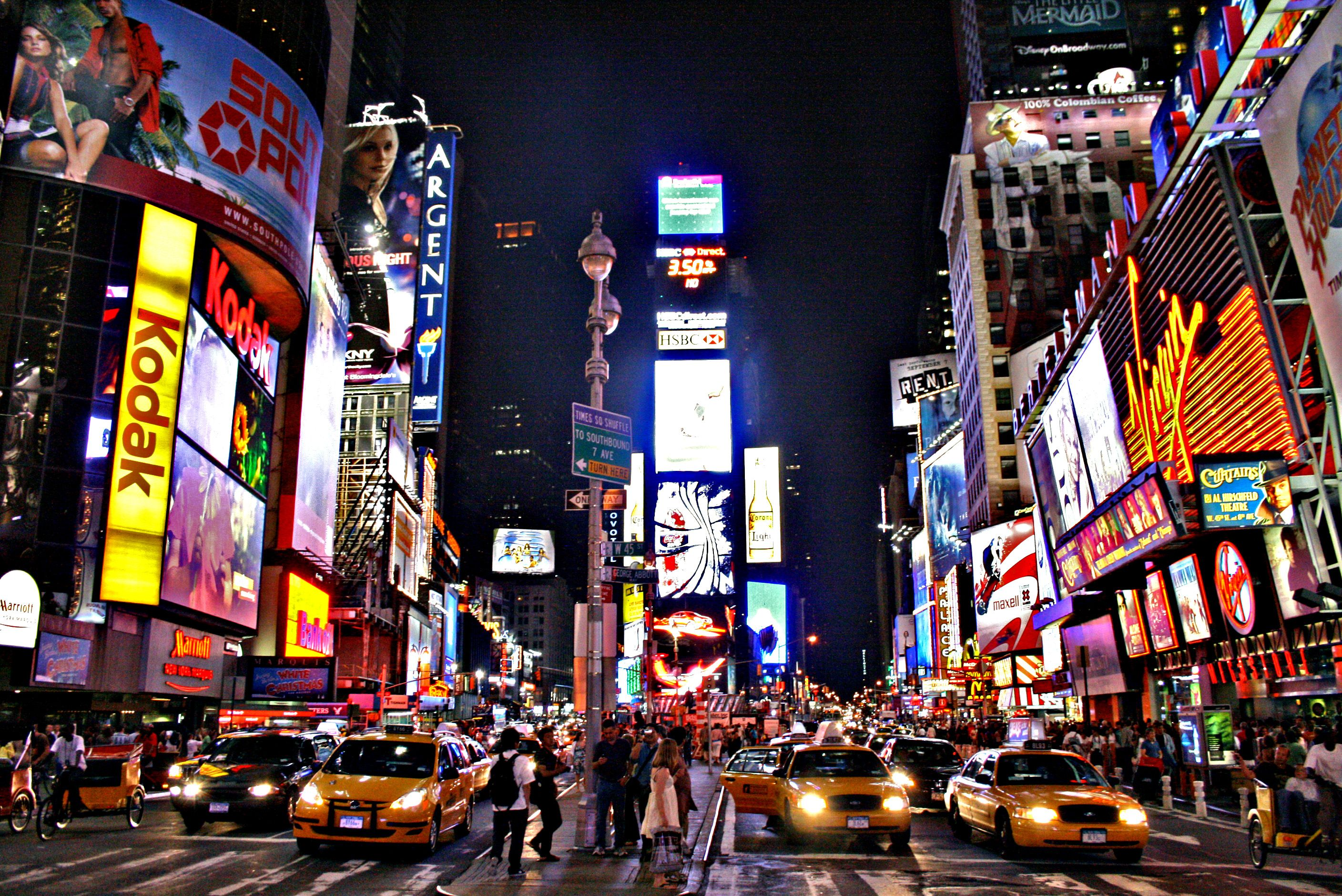 10 Amazing Experiences You Need To Have In New York! | Times square new  york, Nyc times square, New york travel