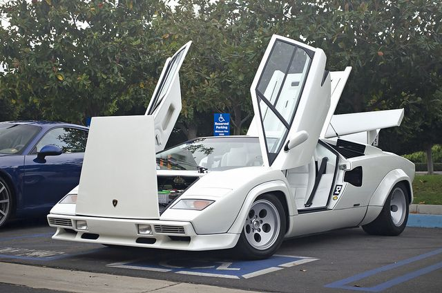 White Lamborghini Countach Lamborghini S Legendary Countach