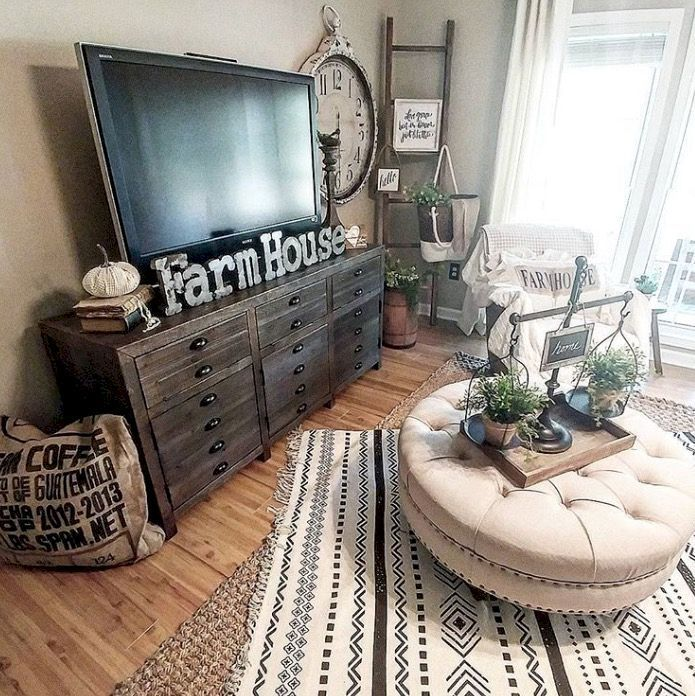 Rustic Chic Living Room: 10 Beautiful Living Room Home Decor That Cozy And Rustic