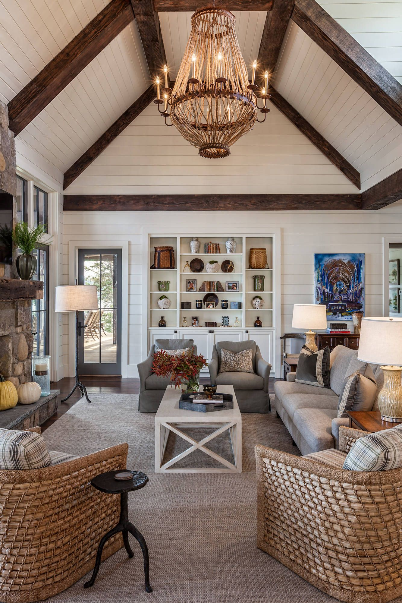 Charming 18 Beautiful Examples Of Family Room Concepts