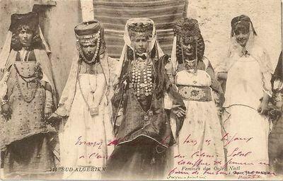 316 - Sud Algerien  - Femmes Des Ouled Nails  - Publisher - J. Geiser ⁞ CPA ALGERIE FEMMES DES OULED NAIL