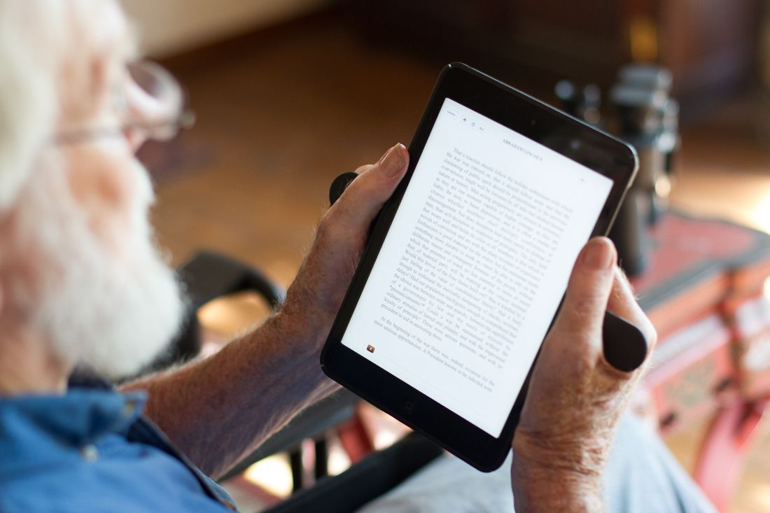 Get the #Ergonomic case for your #ipad. Read without strain on your tablet with Wingo Case! http://wingocase.com/