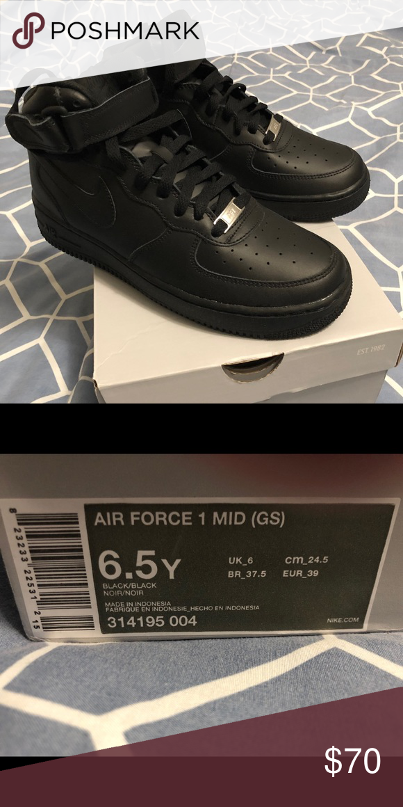 Nike Air Force One's YOUTH 6.5 All
