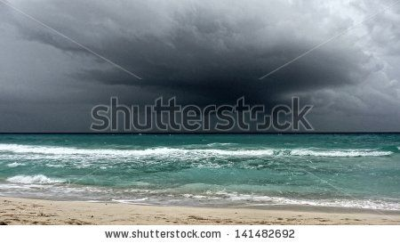 View Of A Storm On The Ocean, Playa Del Carmen, Yucatan, Mexico Banque d'images : 141482692 : Shutterstock