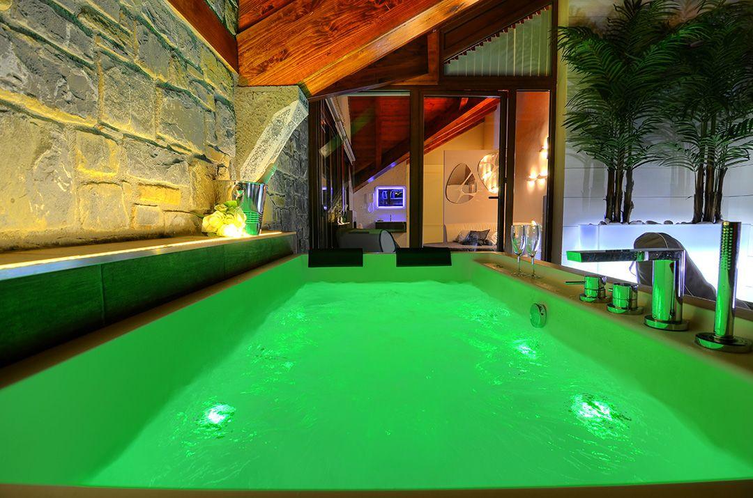 Ordesa ordesa pirineo apartamento rural apartamento con for Apartamento rural con piscina privada