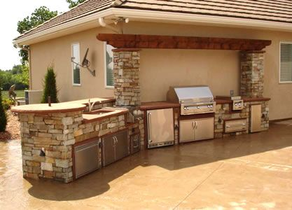 Stone Grill Center Attached To The House Outdoor Kitchens Pinterest House Kitchens And