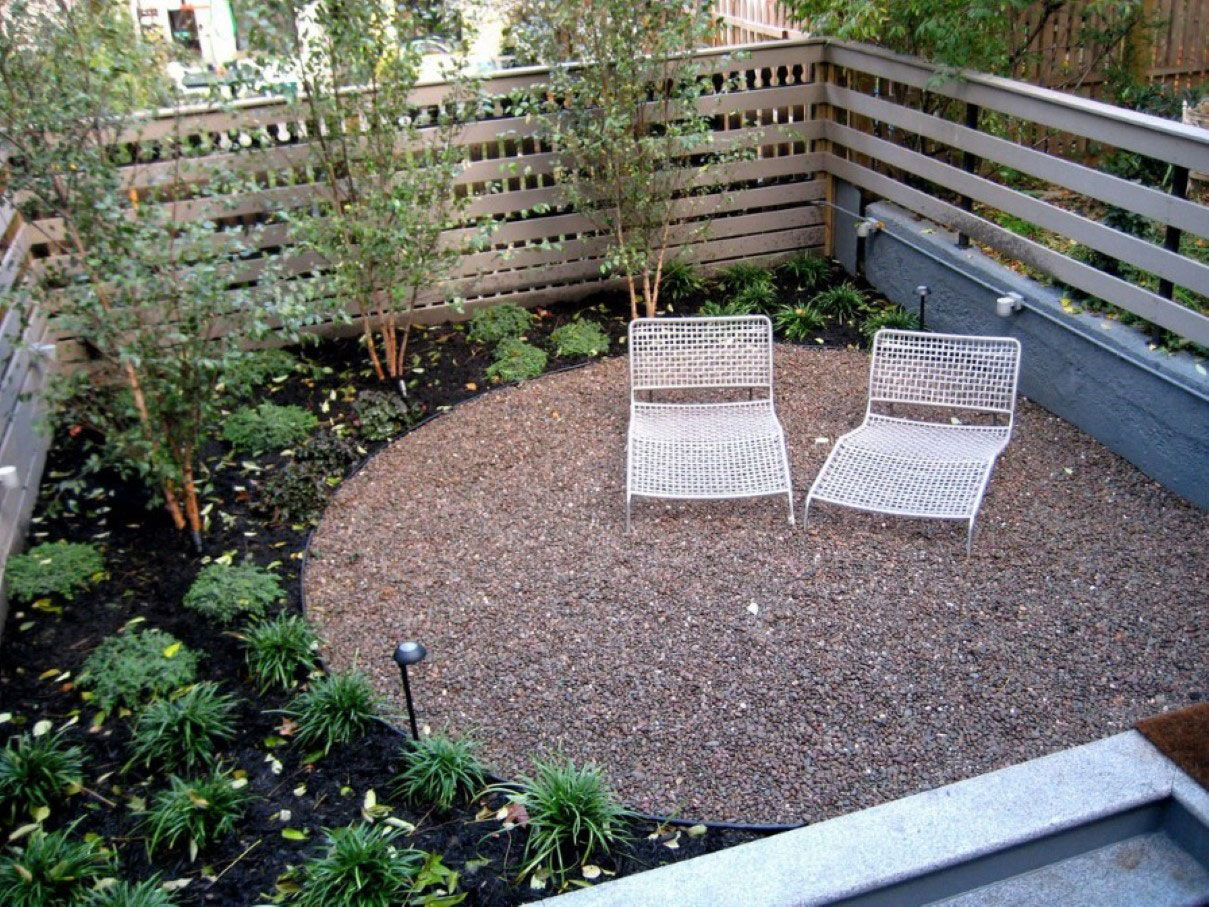 Comfortable White Chaise Lounge In Small Backyard Idea Feat Gravel And  Cottage Garden Also Wooden Fence