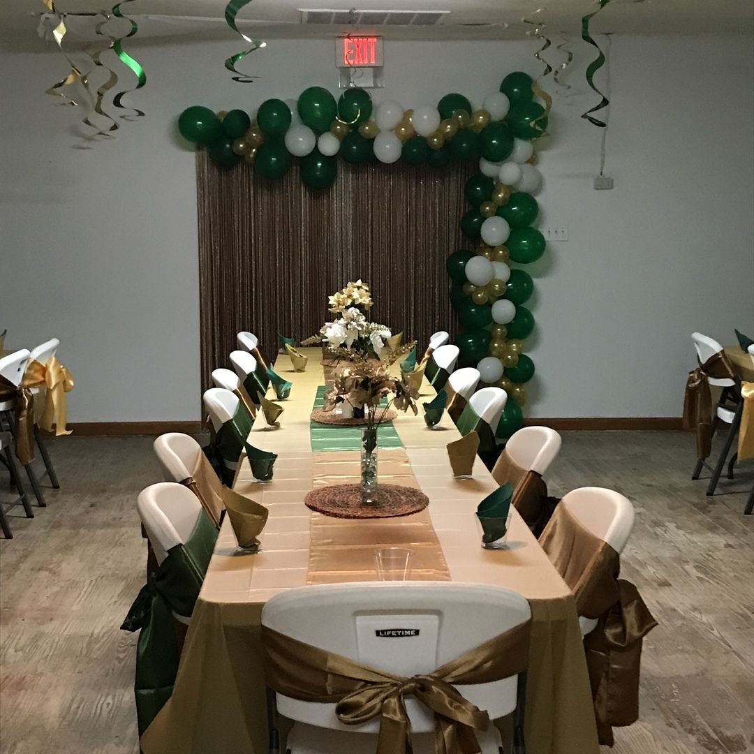 Browse The Finest Collection Of Satin Table Decorations And Party