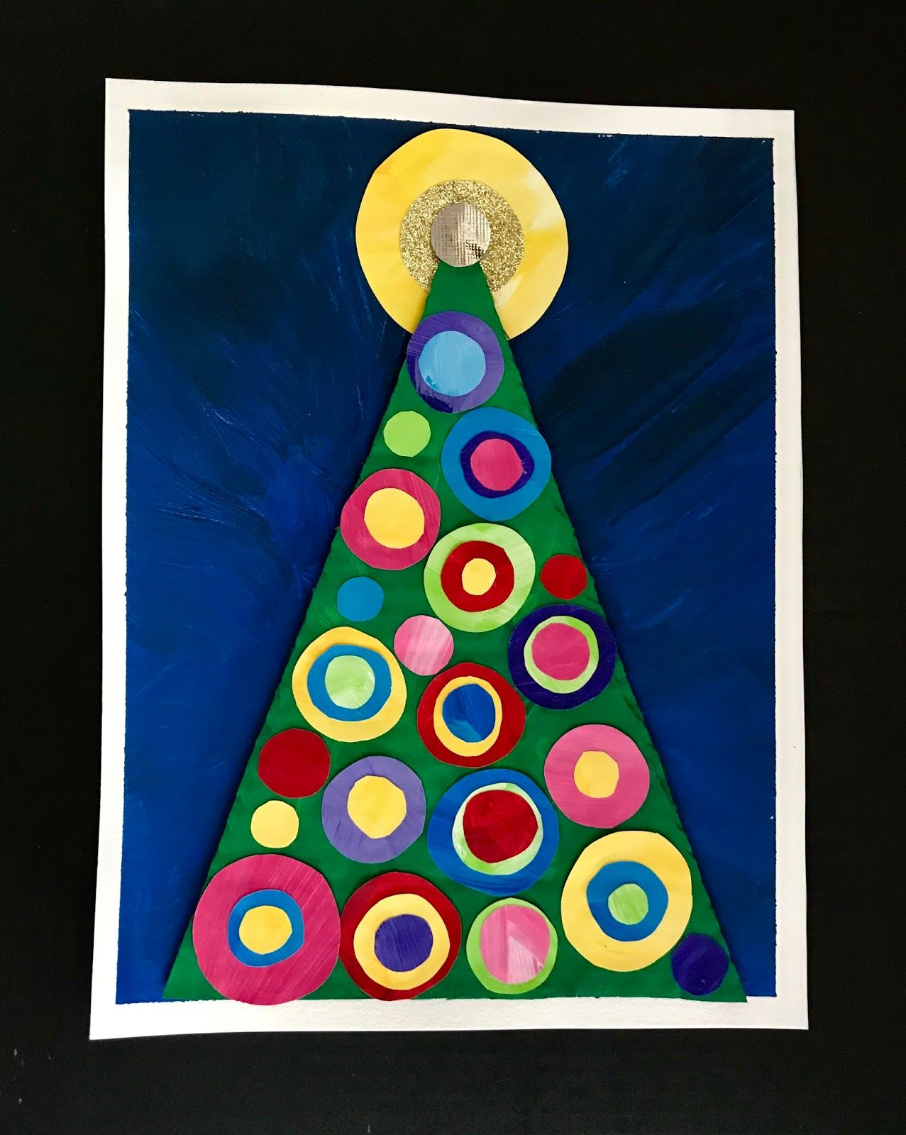 This Is An Easy Christmas Tree Project Good For Kinders On Up I Did 3 Versions This Is On Pape Christmas Art Projects Christmas Art Christmas Art For Kids