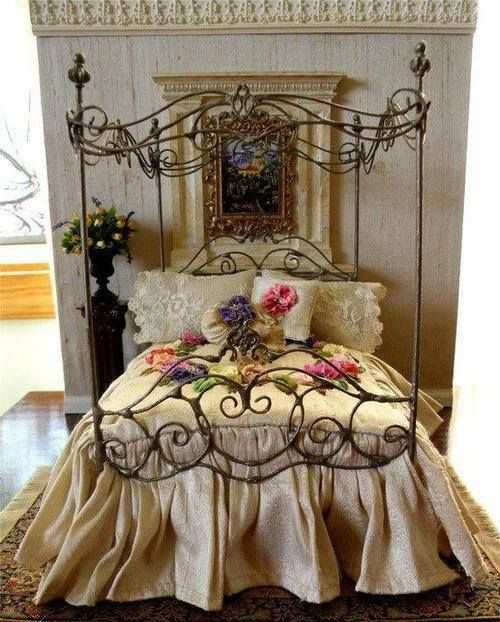 Beautiful Romantic Bedroom With Scrolling Black 4 Poster Iron Bed